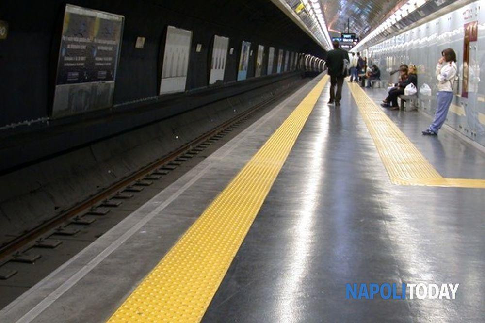 """Prolungamento orario metro e funicolari, Fit-Cisl: """"Un bluff, non abbiamo firmato"""""""